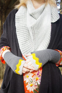 Stranded Knitting: Maroo Mitts @ Dances with Wool   Midlothian   Virginia   United States